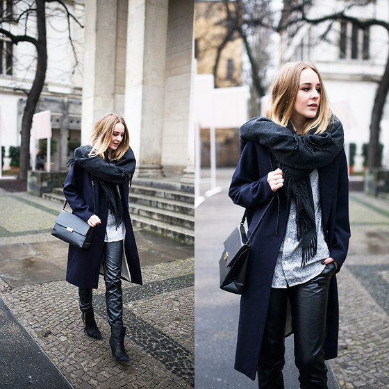 TIPHAINE MARIE - Shirt, Pants, Coat, Bag, Scarf - Berlin Fashion Week.