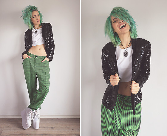 Gina Vadana - Vintageena Shop Blazer, Vintageena Shop Pants, Yru Boots - BACK ON TRACK