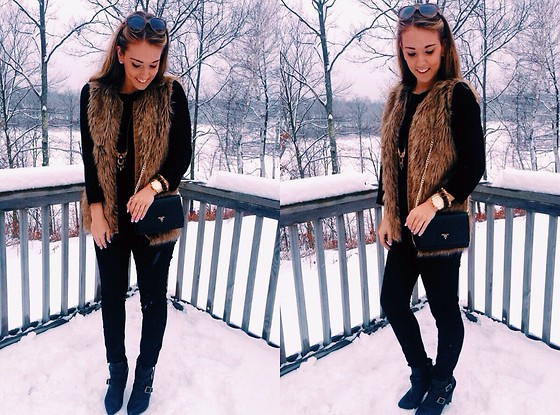 Kate -  - All Black + Fur