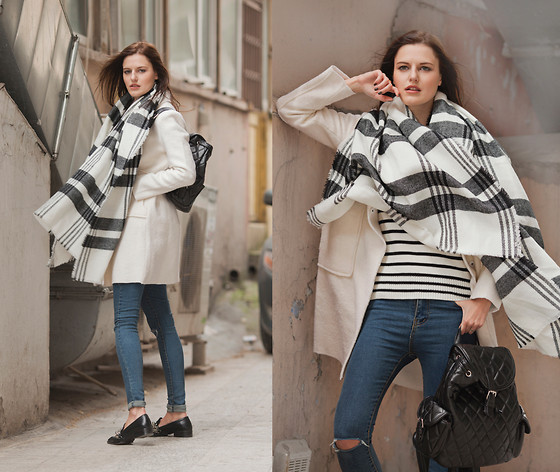Viktoriya Sener - Romwe Checked Scarf, Romwe Cream Coat, Breakicetrends Jeans, Zara Loafers, Romwe Jumper, Chic Wish Backpack - MINIMAL
