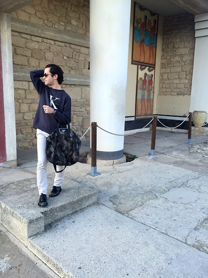 Gio' Mori - Ray Ban Rayban, Calvin Klein Sweatshirt, Prada Shopping Bag, Acne Studios Trousers, Saint Laurent Shoes - Knossos, Heraklion, Crete
