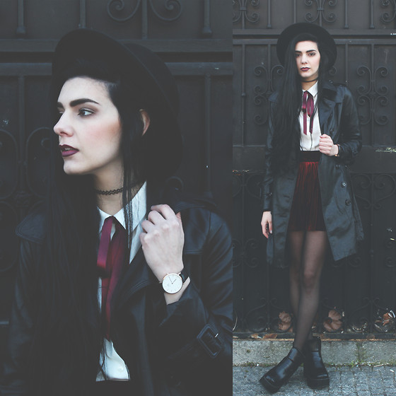 CLAUDIA Holynights - Daniel Wellington Watch, Young Hungry Free Velveter Burgundy Velvet Skirt - There will be light