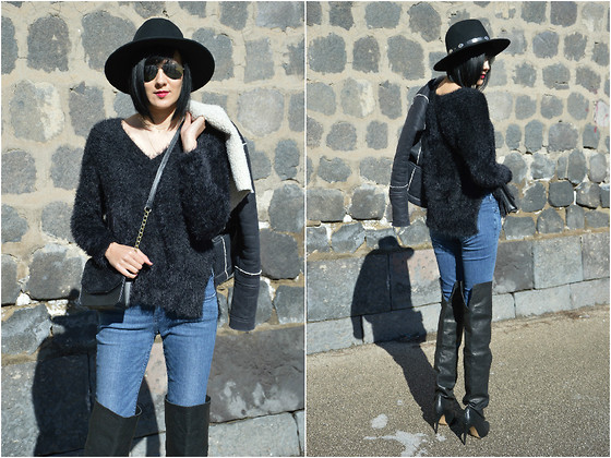 Rita Aflyatunova -  - Look of the day: Black and blue