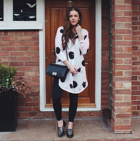 Layla Panam - Monki Ink Flower Shirt, Chanel Boy Bag, Zara Pointed Stud Shoe, Topshop Joni Jean - SHIRT CHIC