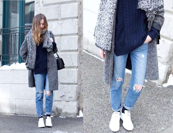 Gabrielle Lacasse - Gap Ripped Jeans, Adidas Stan Smith - Cozy winter Layering