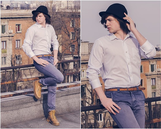 Sorin Marculescu - Pull & Bear Blue Jeans, New Yorker Black Hat - Devil Pray