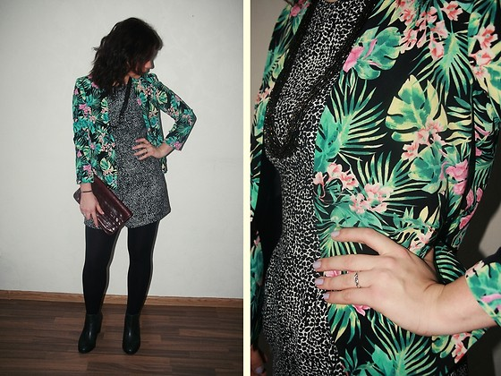 Rita G - Asos Blazer, Vintage Necklace, Zara Play Suit, Asos Chelsea Boots - Welcome To The Jungle