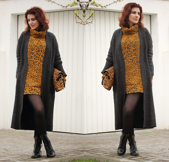 Teresa Leite - Suiteblanco Leopard Shift Dress, Zara Long Knit Cardigan, Zara Leopard Print Clutch (Old), Mango Army Style Lace Up Boots - Leopard and Me