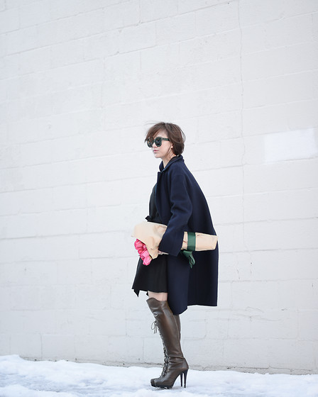 Diana Z Wang - Vince Cocoon Coat, Stuart Weitzman Over The Knee Boots - Carrying my fave accessory