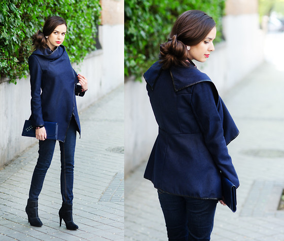 Mariya Marinova - Choies Coat - Navy Blue.