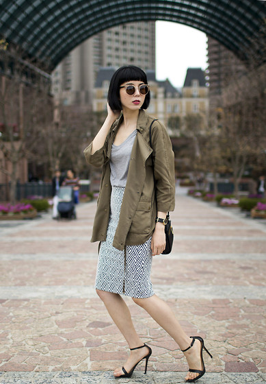 Samantha Mariko - Zerouv Sunglasses, Zara Army Jacket, Le Ciel Bleu T Shirt, Zara Skirt, Kate Spade Saturday Bag, Zara Sandals - Ebisu Garden Place