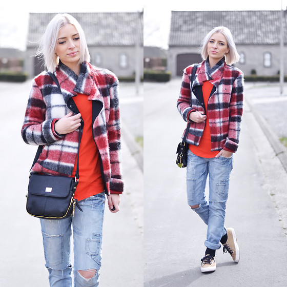 Nena F. - Marc B Bag - Tartan red