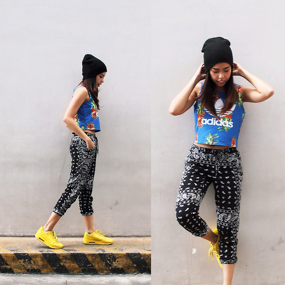 Gela Muñoz - Forever 21 Knit Beanie, Adidas Pineapple Crop Top, Persunmall Bandana Pants, Nike Air Max - Cheese Max