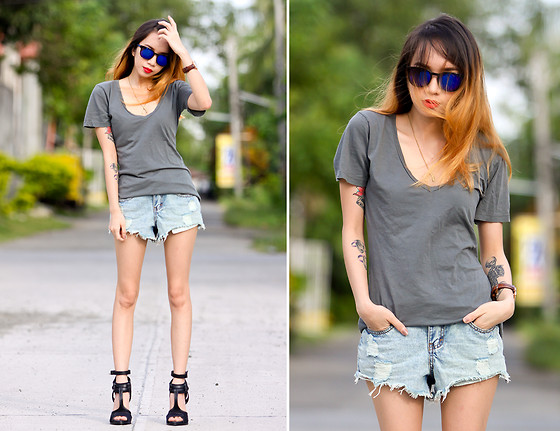 Wicked Ying NEW - Me Undies Basic V Neck Tee, Cotton On Denim Shorts, Zara Strappy Heels, Mossimo Blue Sunnies, Daniel Wellington Leather Watch - Stick to the Basics