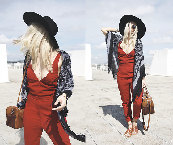 Inês M - Asos Jumpsuit, Primark Sandals, Zara Bag, Asos Scarf, Asos Hat - REDiscovered