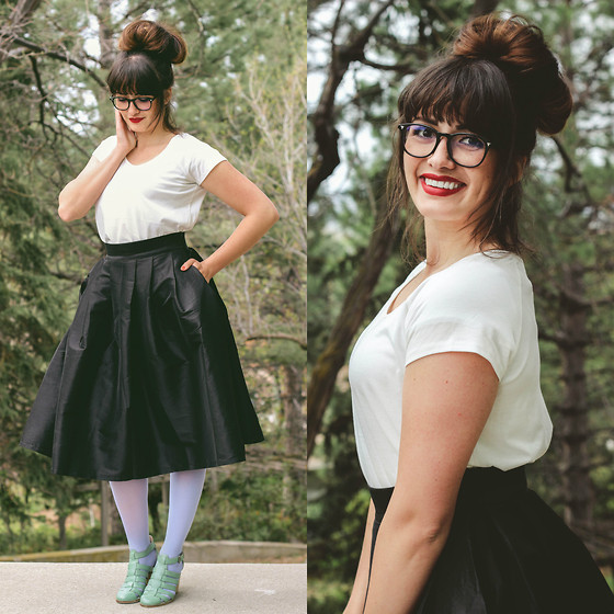Cecilia H - Hanes Hosiery Blue Tights, Lucy And Lyla Black Skirt, Polette E Ferguson Glasses - Zooey Deschanel Inspired