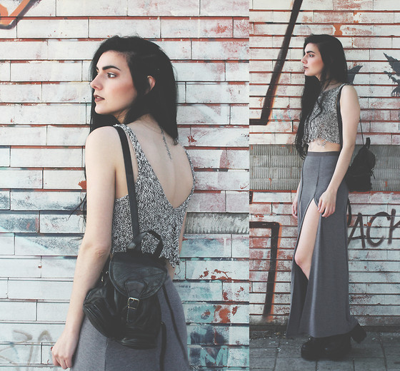 CLAUDIA Holynights - Young Hungry Free Maxi Skirt With 2 Splits - Brick wall