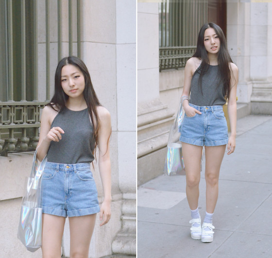 Yonish - Brandy Melville Usa Gray Crop Tank, American Apparel Denim High Waist Cuffed Shorts, Ebay Holographic Tote Bag, H&M Striped Socks, Yesstyle White Velcro Platforms - Velcro Coolnes