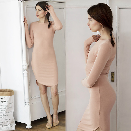 Magda W - H&M Dress - Peach