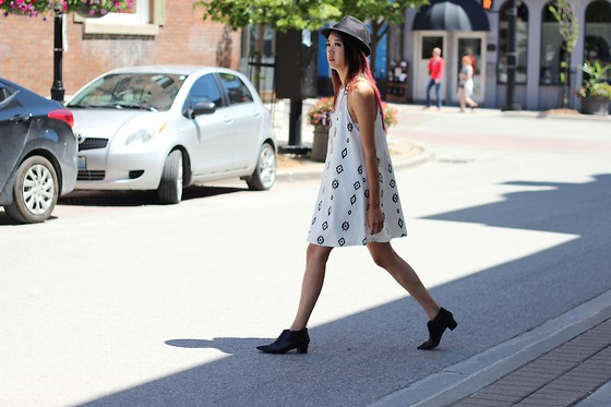 Jeannie Y - Zara Dress, Topshop Booties, Forever 21 Fedora - Mood