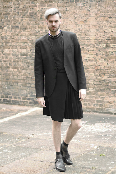 Geraint Donovan-Bowen - Borderline Apparel Necklace, Zara Blazer, Boohoo Tee, Topshop Kilt, Cos Sheer Socks, Topman Cutout Shoes - His Name Is Thief