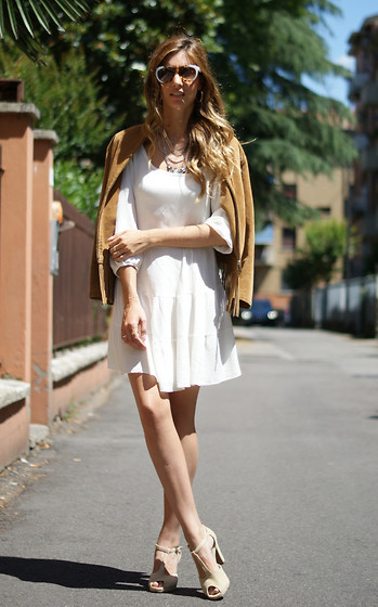 Mercedes Maya Lax - Wholesalebuying Dress, Wholesalebuying Dress - Neutral tones
