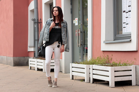 ANETTE ...ideaforfashion - Stradivarius Pants - SIMPLICITY