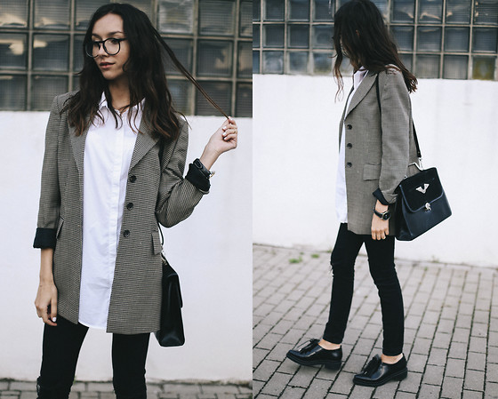 Bea G - Blazer, Shirt, Shoes, Jeans, Bag - Basic Uniform