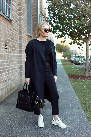 BROOKE TESTONI -  - ALL BLACK EVERYTHING