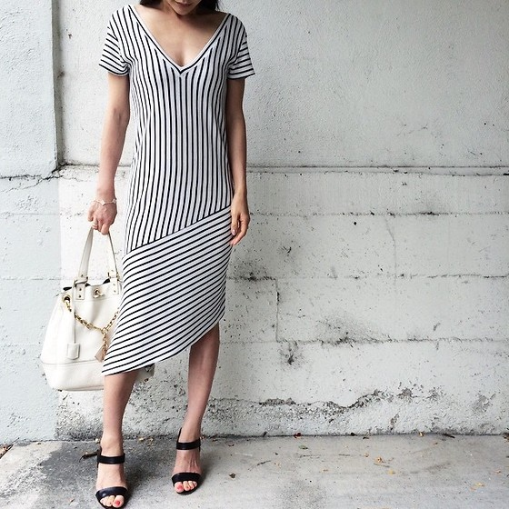 Emma Lee - Zara Assymetrical Hem Dress, Saint Laurent Tope Bag, Christian Louboutin Sandals - Summer Nautical