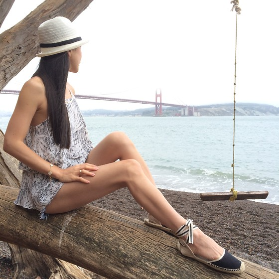 Emma Lee - Byer California Halter, Soludos Espadrille - Beach perfect