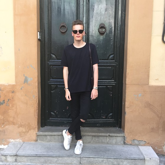 Martijn Maagdenberg - Acne Studios T Shirt, Cheap Monday Jeans, Adidas Sneakers, Céline Sunglasses, Céline Trio Bag - Untitled #33