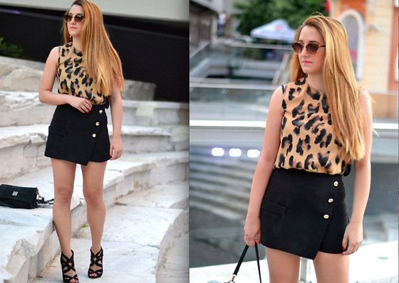 Martina Manolcheva - Zara Top, Zara Shorts - Golden Buttons