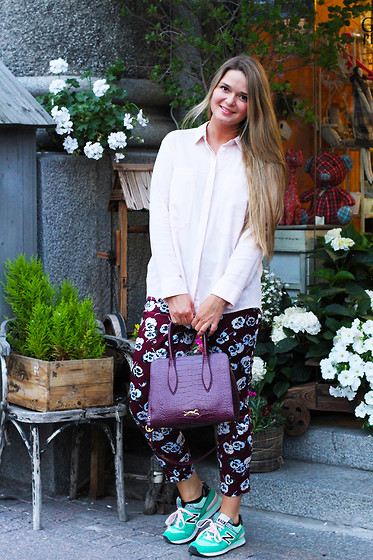 Natalia Romashko - Bimba&Lola Shirt, River Island Pants, Bimba&Lola Bag, New Balance Sneakers - FANCY PANSY