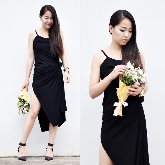 Meijia S -  - Dress with a knot