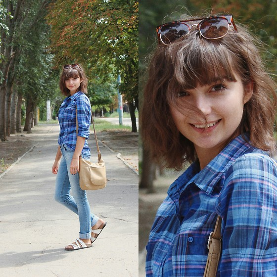 Nastasi - Pull And Bear Jeans, Calliope Glasses - Autumn is almost here