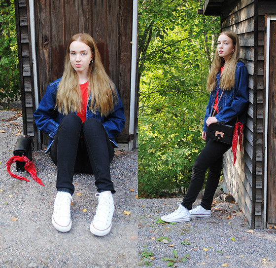 Noora V - Converse Chuck Taylor All Star, Lumi Bag, Vintage Denim Jacket, H&M T Shirt - White Chucks