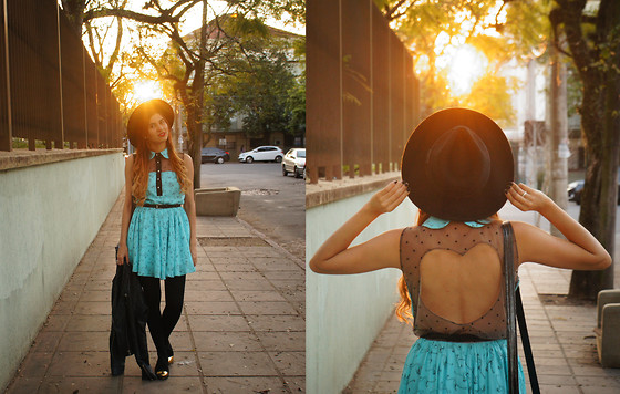 Priscila Rodrigues araujo - Done By Me Flamingos Dress, Forever 21 Hat - Flamingos