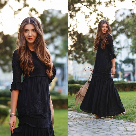Larisa Costea - Choies Dress, Choies Sandals - Boho black