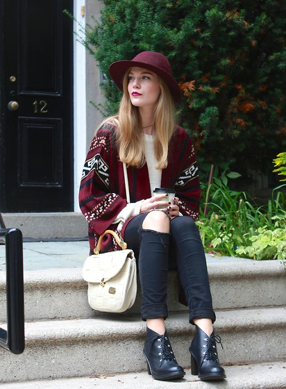 Sydney Hoffman - Gentle Fawn, Dr. Martens, Club Monaco - Freak for Fall