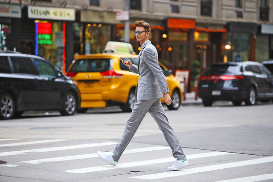 Chaby H. - Tailor4less Checkered Suit, Dior 'So Real' Sunglasses, Adidas Stan Smith - Dapper style