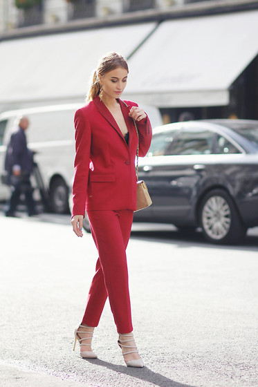 Noor G. - Escada Blazer, Escada Trousers, Heels, Chanel Bag - SUITED UP