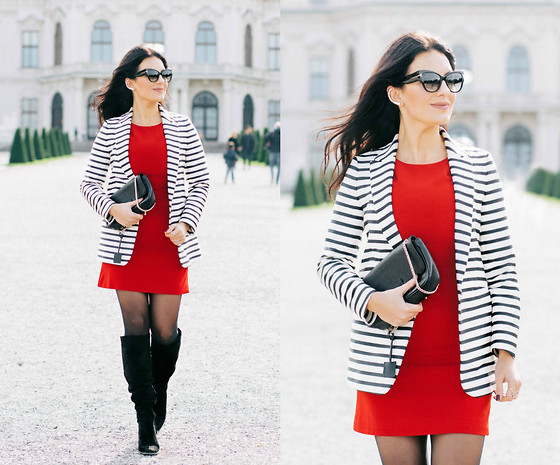 Edisa Shahini - Disi Couture Dress, & Other Stories Blazer, Tom Ford Sunglasses, Zara Boots, Wolford Tights, Furla Bag - AUTUMN IN VIENNA