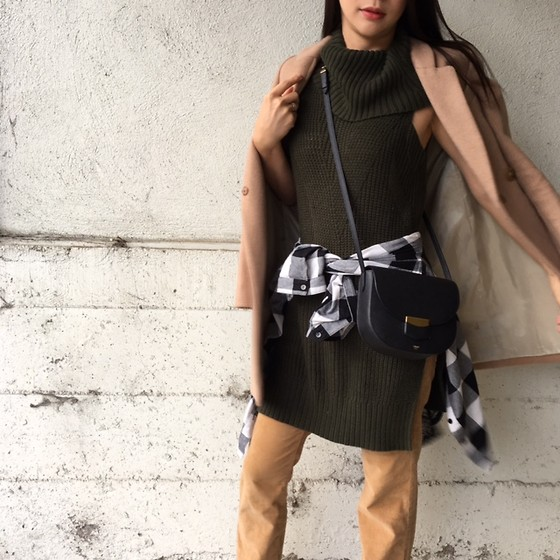 Emma Lee - Anthropologie Turtle Neck Sleeveless Sweater, Zara Coat, Urban Outfitters Plaid Shirt, Anthropologie Fit And Flare Pant, Celine Shoulder Bag - Camel jacek over sleeveless sweater