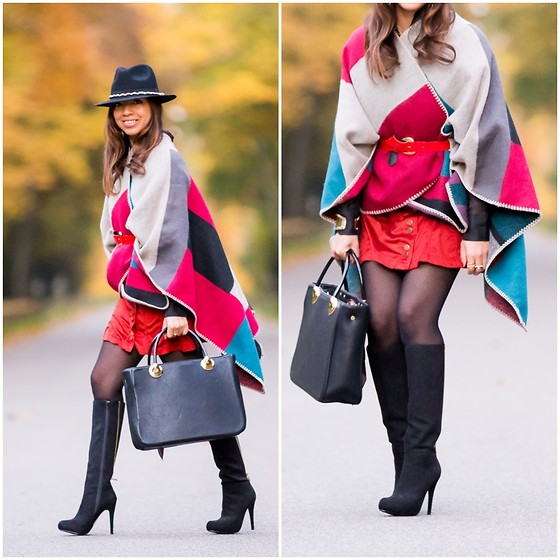 "Holy Rakoto - Aldo Shoes - ""Mon poncho color block!"""