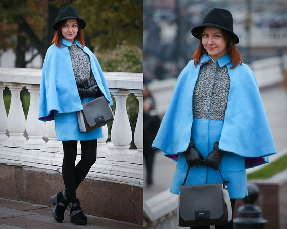 Julia Fetisova -  - Cape coat