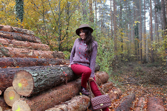 ManueLita - Vintage Hat, Liu Jo Sweater, Zara Pants, Liu Jo Bag, Belmondo Shoes - Autumn in Germany ...