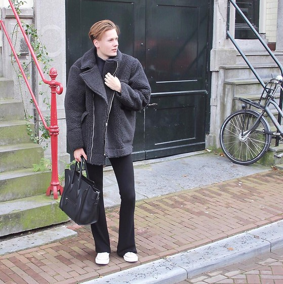 Martijn Maagdenberg - H&M Teddy Shearling Fur Coat, Acne Studios Turtleneck Sweater, Subdued Flared Pants, Céline Mini Pebbled Bag, Converse Sneakers - Untitled #35