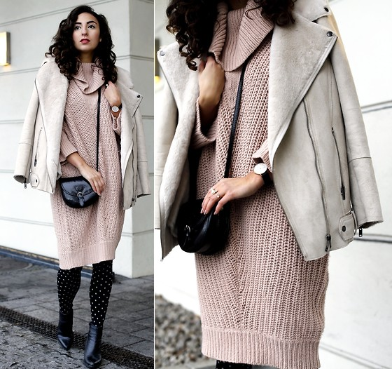 Samieze -  - Blush Turtleneck Dress