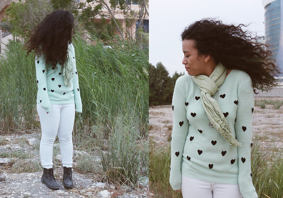 Nada Qamber - Ebay Heart Dotted Mint Sweater, Bershka Light Blue Jeans, Forever 21 Dark Brown Combat Boots, Light Olive Green Scarf - Minty Sweater